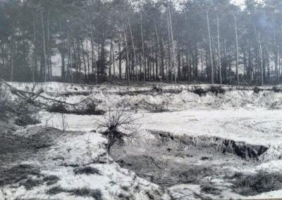 Zandafgraving-annex-zandbergen-voor-kinderen-Den-bergen-aan-de-Helenaveenseweg-jaren-60